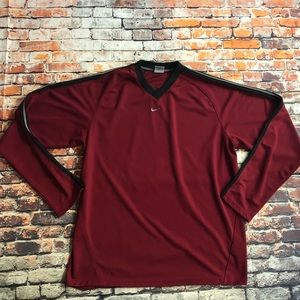 Nike dri fit sz M maroon vneck shirt black stripe
